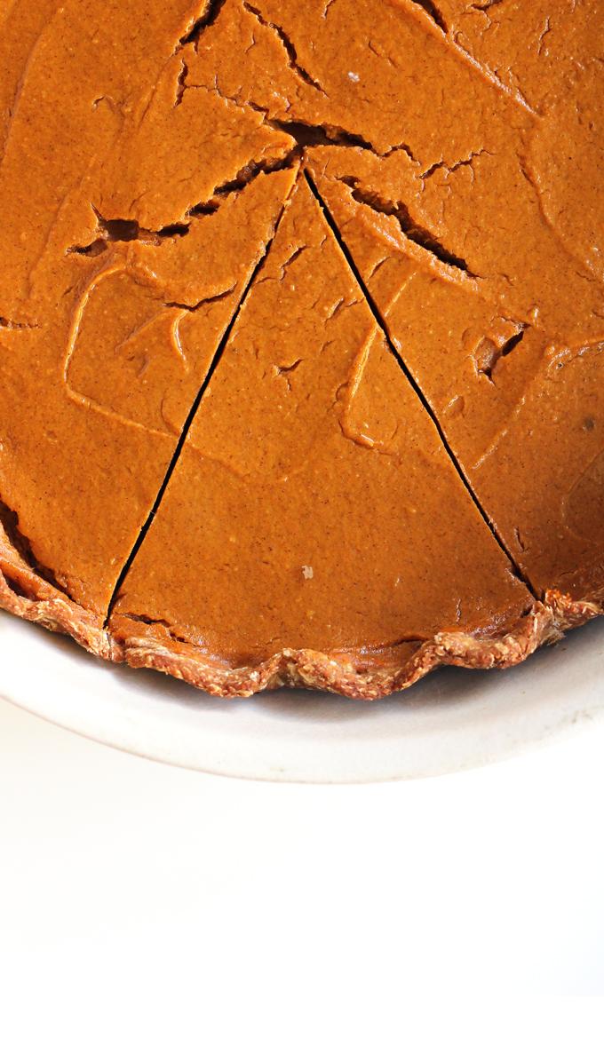 vegan sweet potato pie (low sugar and low fat) | love me, feed me