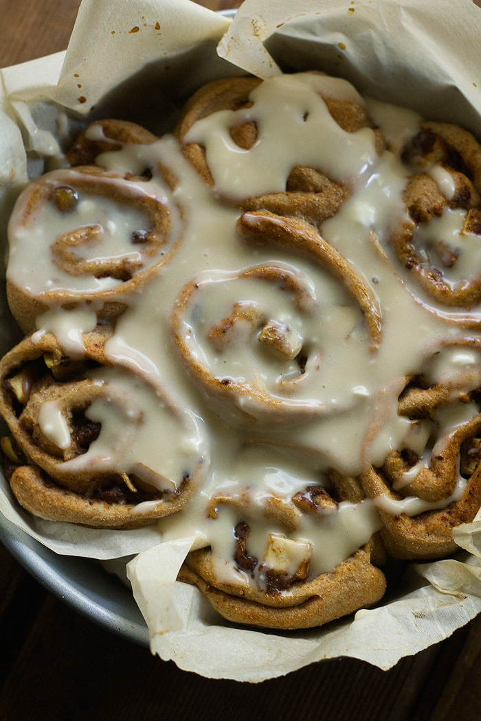 vegan apple chai cinnamon rolls with spelt flour | love me ...