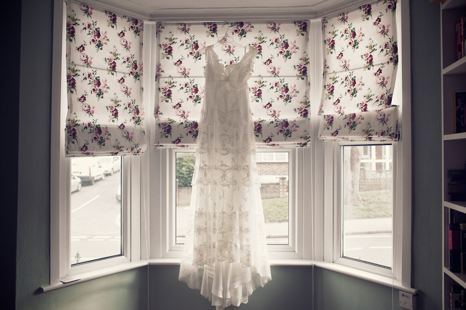 Edwardian-Style Cymbeline Lace and Polkadots for a Relaxed London Pub Wedding