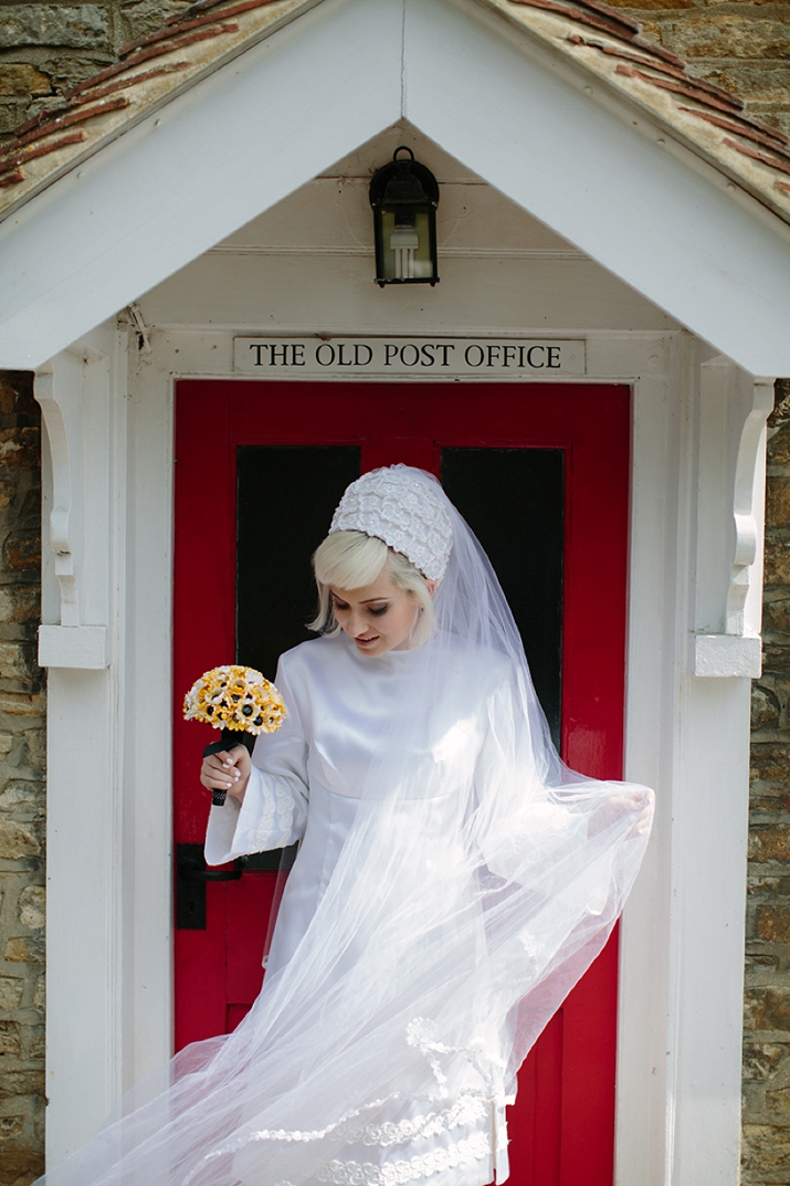 The National Vintage Wedding Fair Celebrates the Sixties Bride