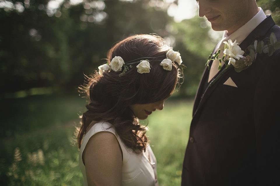 A Pre-Loved Élise Hameau Gown for a Romantic and Elegant Wedding at Pembroke Lodge