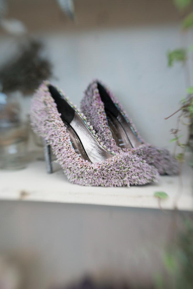Sleeping Beauty:  Zita Elze Floral Artist At Brides The Show (Get Inspired Supplier Spotlight )