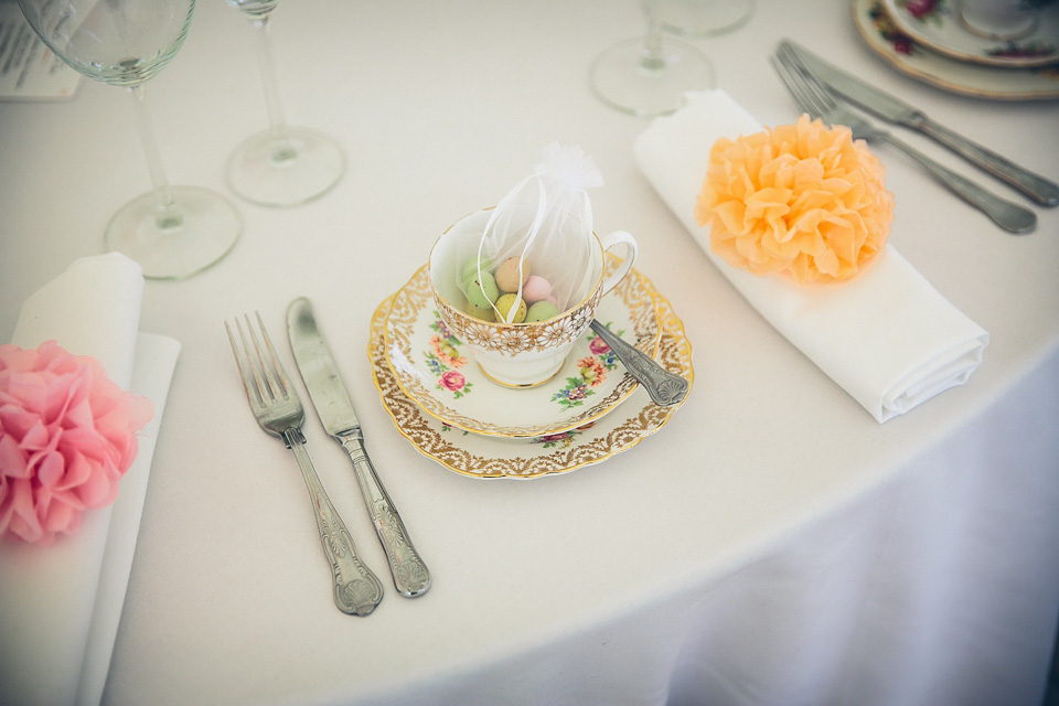 Jenny Packham and Ostrich Feather Glamour for a Gatsby Inspired Afternoon Tea Wedding (Weddings )