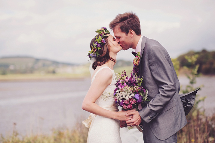 The 'Wedfest' of Helen and Andrew: Glamping, Glamour and Pretty Purple Flowers (Weddings )