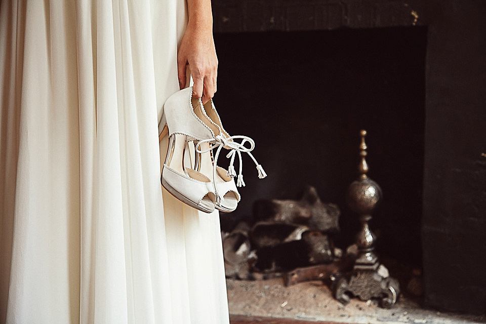English Gentlemans Club Bridal Glamour (Bridal Fashion Fashion & Beauty Get Inspired Styled Shoots )