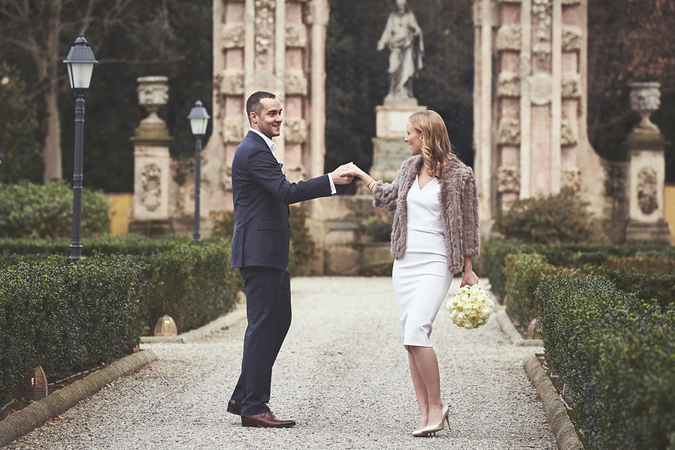 A Victoria Beckham Dress for a Chic Italian Elopement (Weddings )
