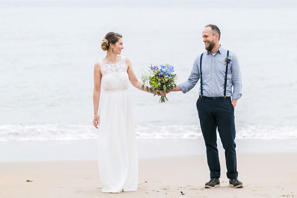 A Sweet Scottish Seaside Family Elopement With Exquisite Flowers