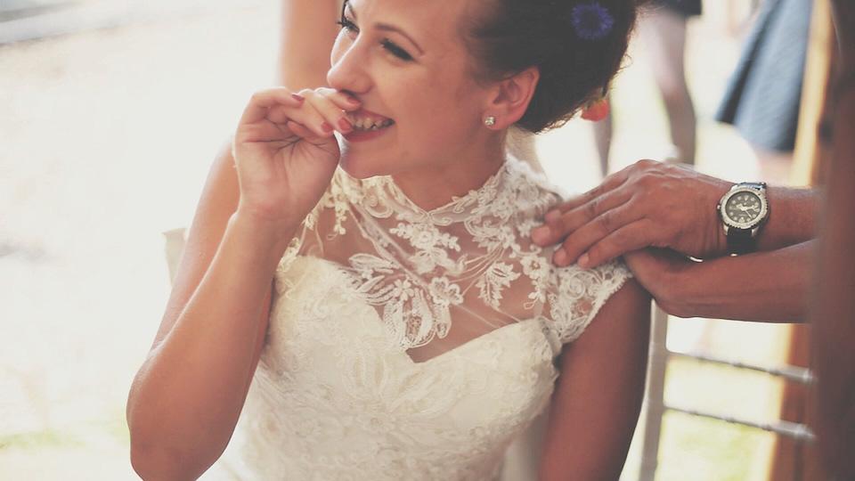 A Wildflower Meadow Wedding with a Festival Vibe (Films Weddings )