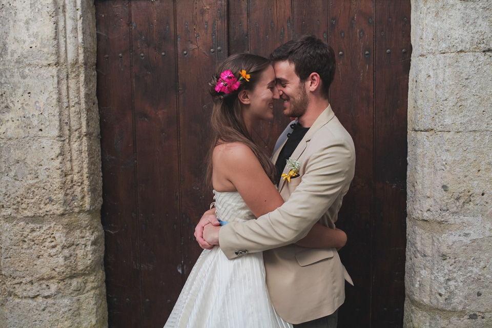A Fun, Relaxed and Colourful Wedding in France