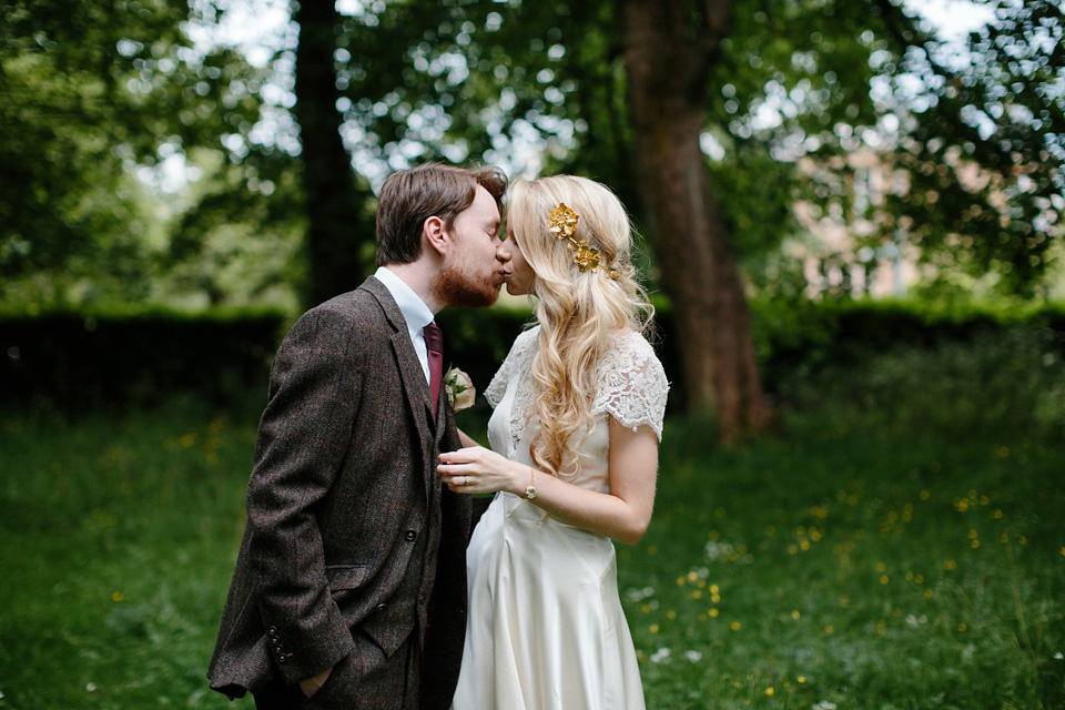 Pale Pink, Gold and Elegant Lace for a Vintage Wedding in Scotland