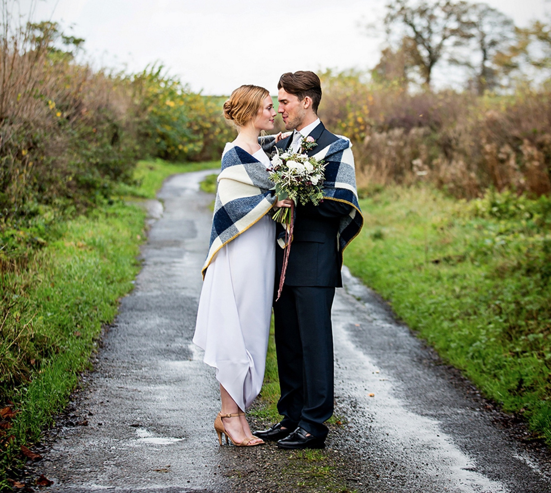Elegant and Modern Winter Wedding in the Country Inspiration