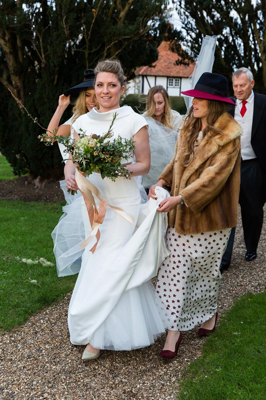 A Modern and Elegant Suzanne Neville Gown for a Winter Wonderland Wedding (Weddings )