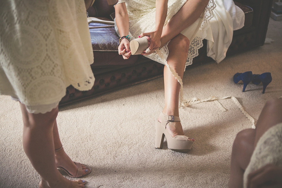 An Oxfam Wedding Dress For A Relaxed And Personal Homemade