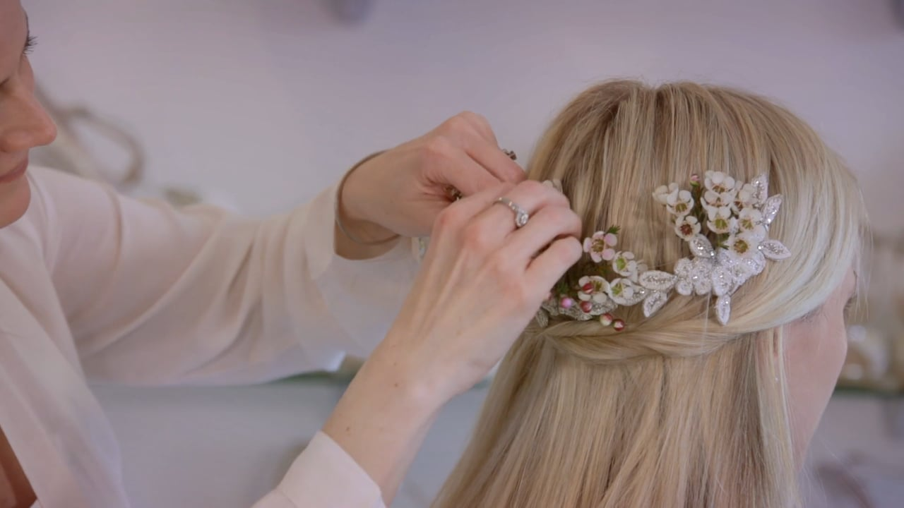 Emmy London Hair Accessories Tutorial: Botanical