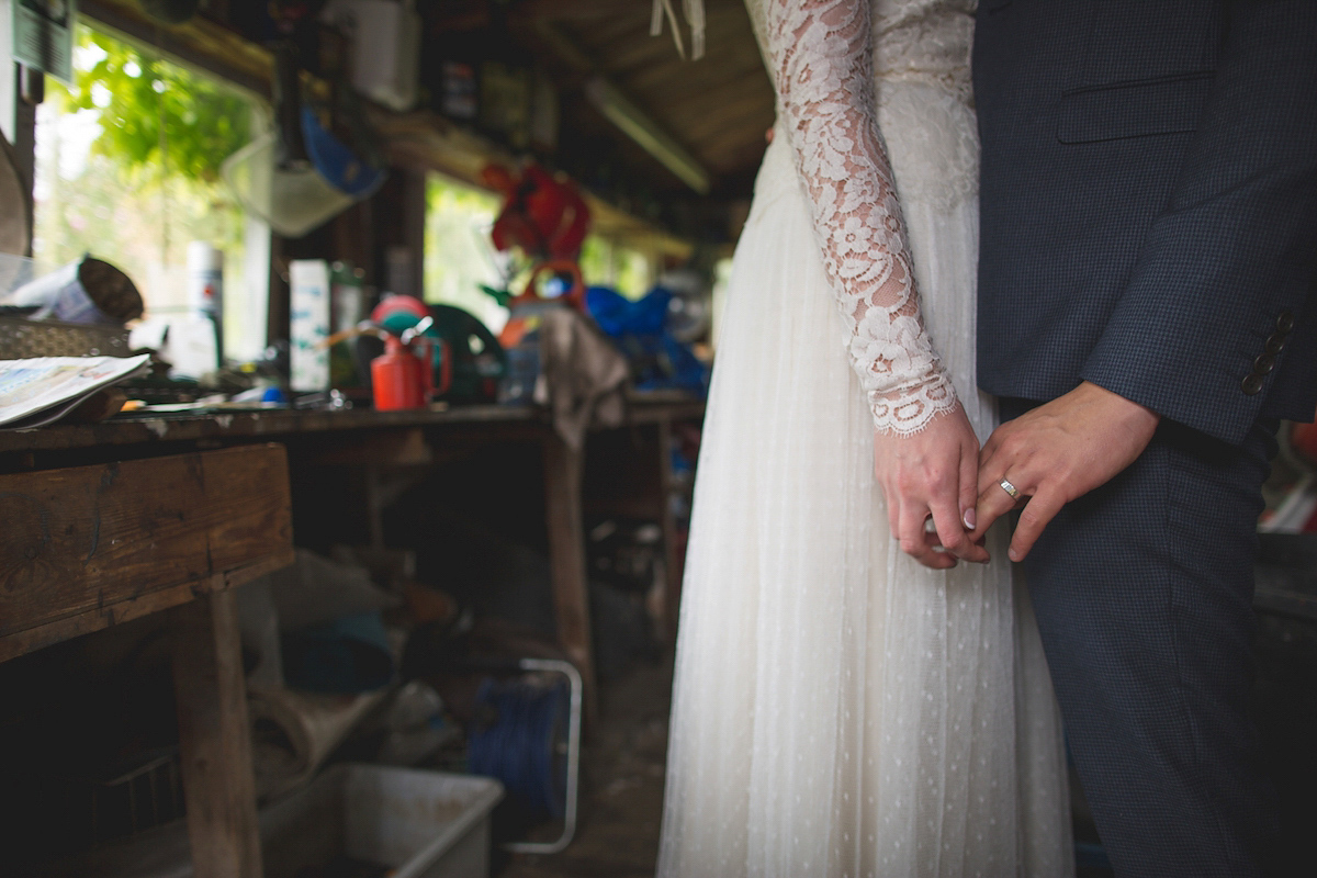 A Kate Beaumont Bride And Wild Flowers For A Village Fête Inspired Country Wedding (Weddings )