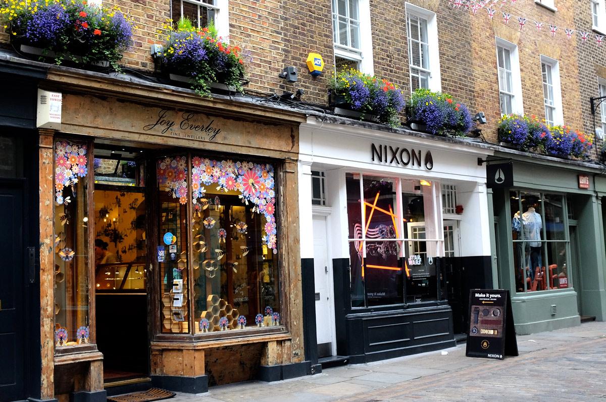 Win £300 of Jewellery with Joy Everley Fine Jewellers (Bridal Fashion )