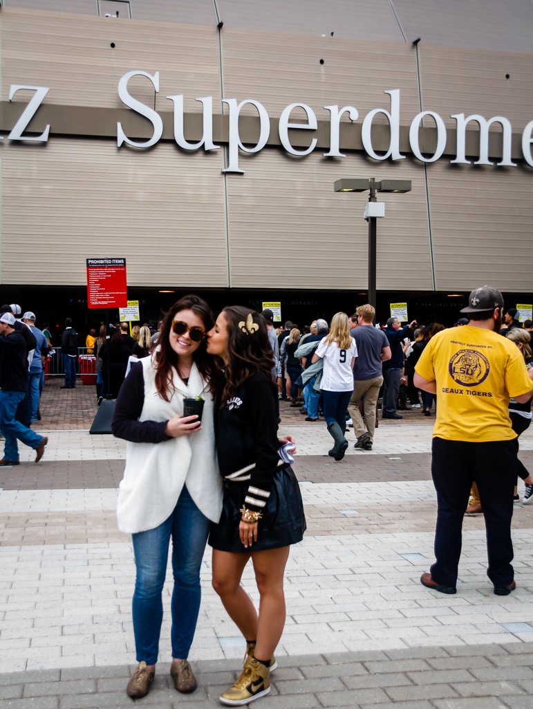 outside mercedes benz superdome sunday saints girlfriends
