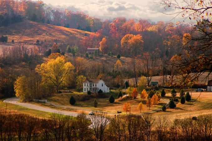 Couple Fall Wallpaper Autumn In The Country Pictures Photos And Images For