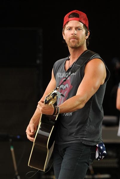 Cute Love Sayings Wallpaper Kip Moore Pictures Photos And Images For Facebook
