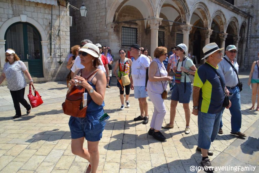 Tourists, Luža Square, Dubrovnik