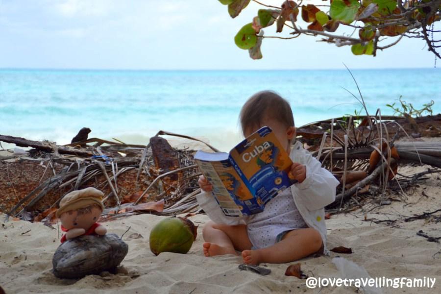Love travelling family, Playa Las Salinas, Cuba