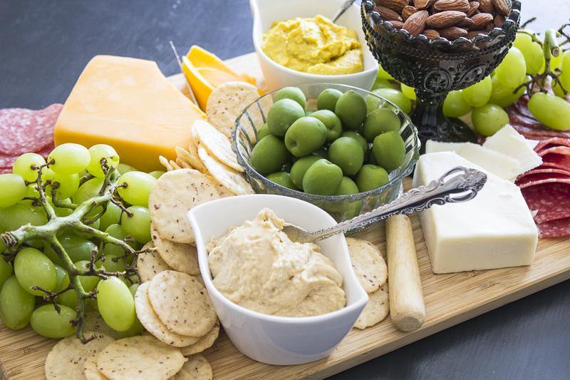 charcuterie-platter-appetizer-party-2