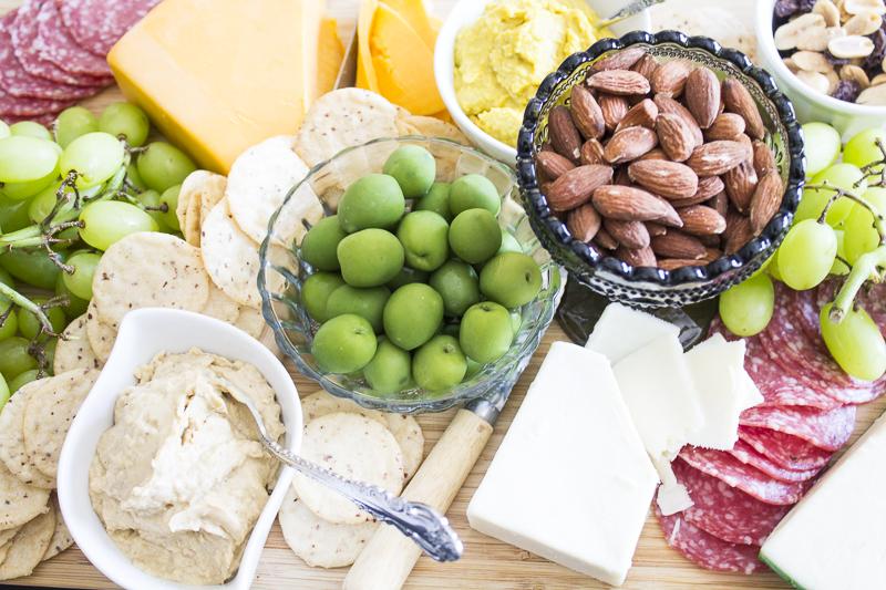 charcuterie-platter-appetizer-party-6