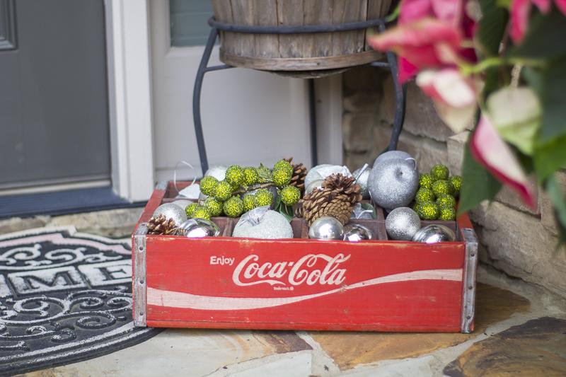 christmas-decorating-plaid-loveyourabode-3