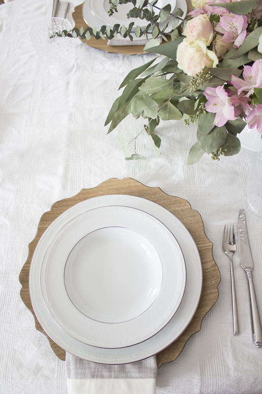 easter-tablescape-neutral | loveyourabode |