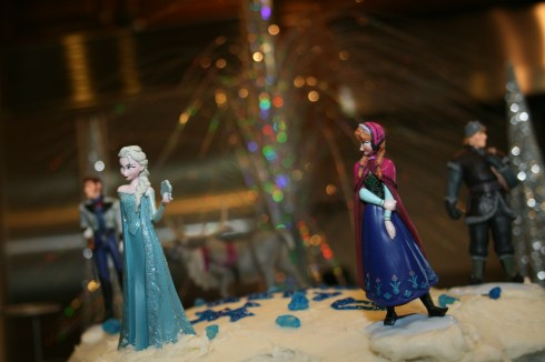 Frozen Party characters