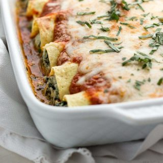 Low carb spinach manicotti stuffed with spinach and ricotta cheese.