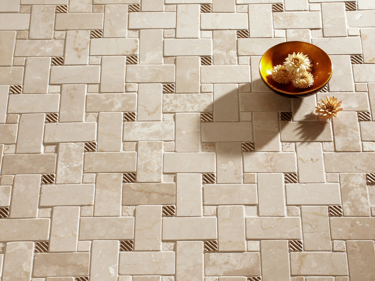 Mosaic Tile Accent Wall - Ivoiregion