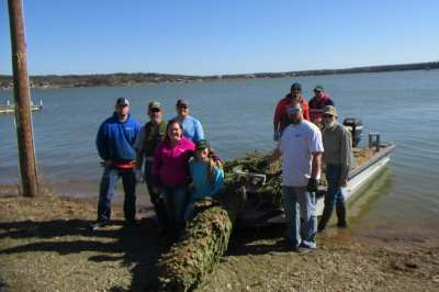 Recycled Christmas trees provide fish habitat in Lake Cisco - Texas Hunting & Fishing | Lone ...