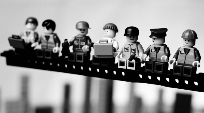 Lego-Workers-1350x2400