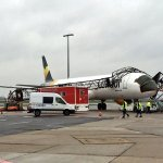 Ouch! Condor Airbus A321 hits light pole in Berlin SXF