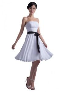 A-Line Strapess Short White Chiffon Bridesmaid Dresses ...