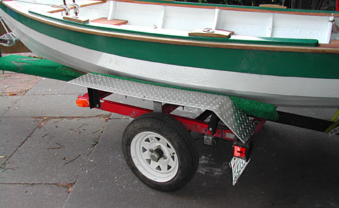 Small boat trailer design w/light suspension, folding, good support
