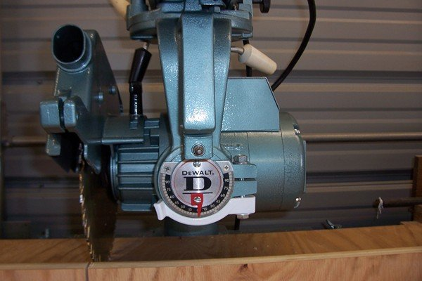 Review Dewalt Radial Arm Saw - by Doug @ LumberJocks