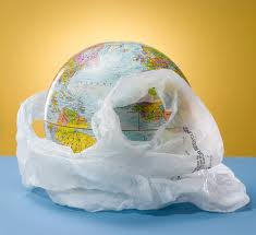 pianeta avvolto nei rifiuti