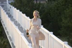 """Cate Blanchett in """"Blue Jasmine"""" ha già lo champagne in mano e io darei una pio di dita della mano destra per brindare insieme a lei"""