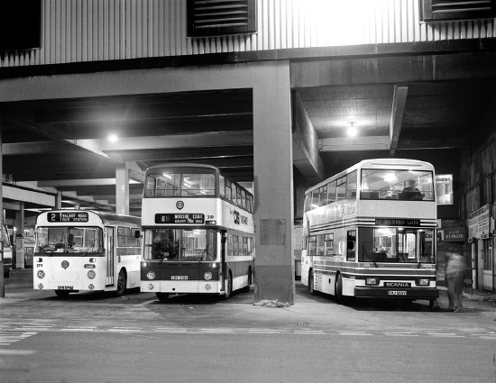 Demonstrator Scania etc.(night, bus station March 1983 (BRT)