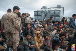 Profughi dalla guerra in cerca di rifugio.