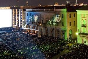 Locarno, il grande schermo del grande cinema di Piazza Grande