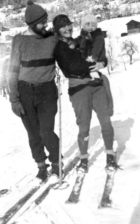 Hemingway, la moglie Hadley e il figlio Bumby in Austria.