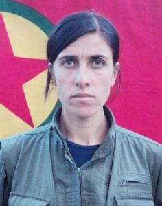 "Filiz Saybak/Avesta Harun. ""La guerriera dagli occhi verdi"""