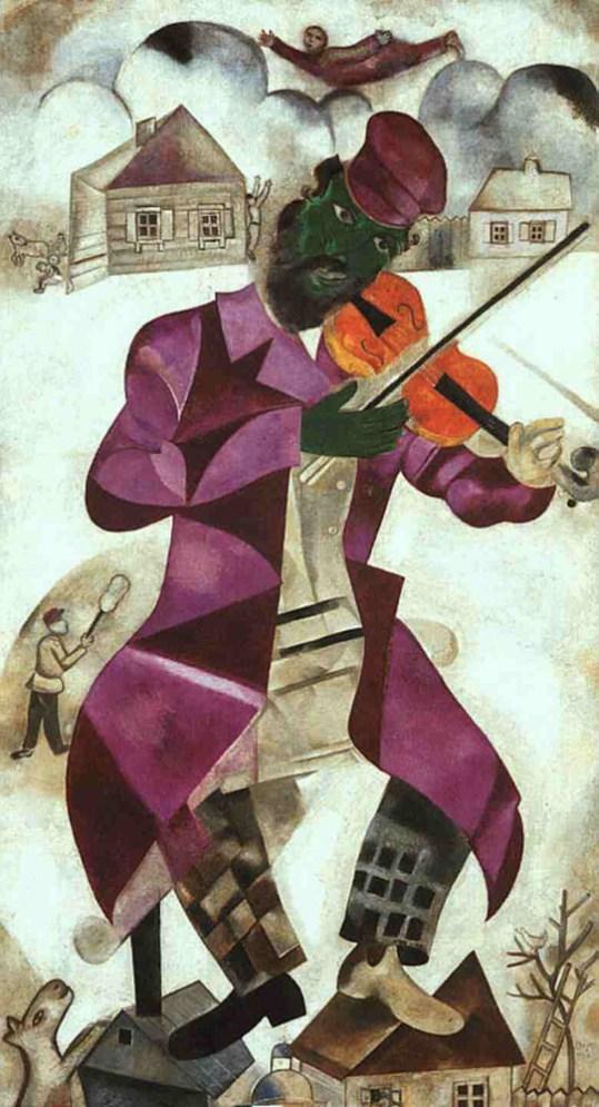 Innamorati, mucche e violinisti volanti: la vita di Marc Chagall –