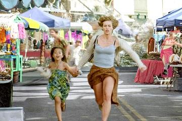 Cecile de France fugge allo tsunami