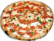 una pizza in compagnia, una pizza da solo
