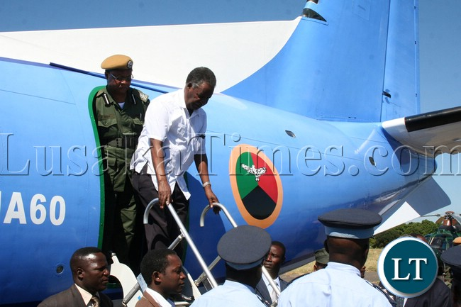 President Sata arrives at Mongu airport ahead of by-elections for Lukulu west