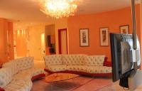 25 Ideas for Modern Interior Decorating with Orange Color ...